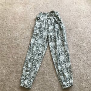 AEO Floral Pants NWT